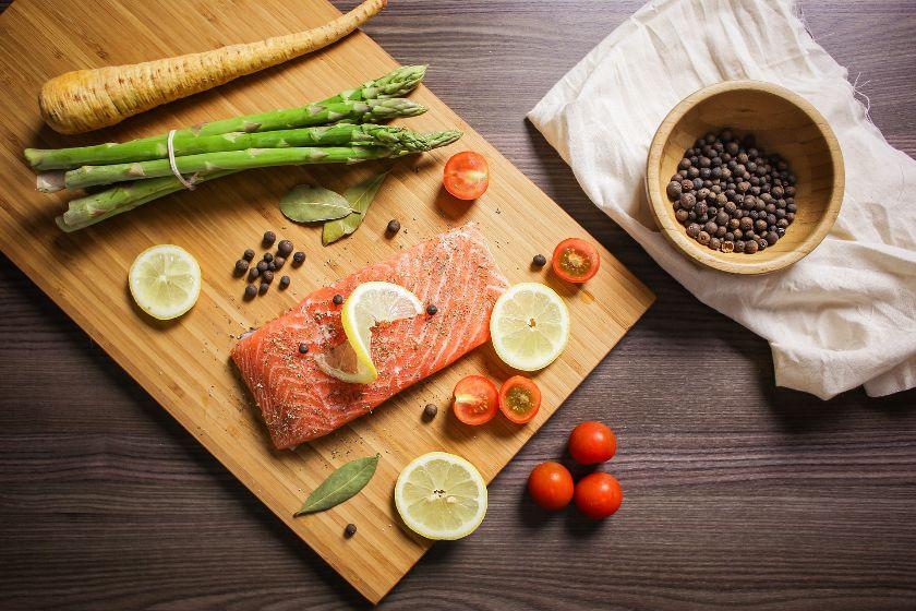 ryba z ziołami z piekarnika