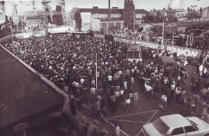 800px-Strajk_w_stoczni_szczecinskiej_1980