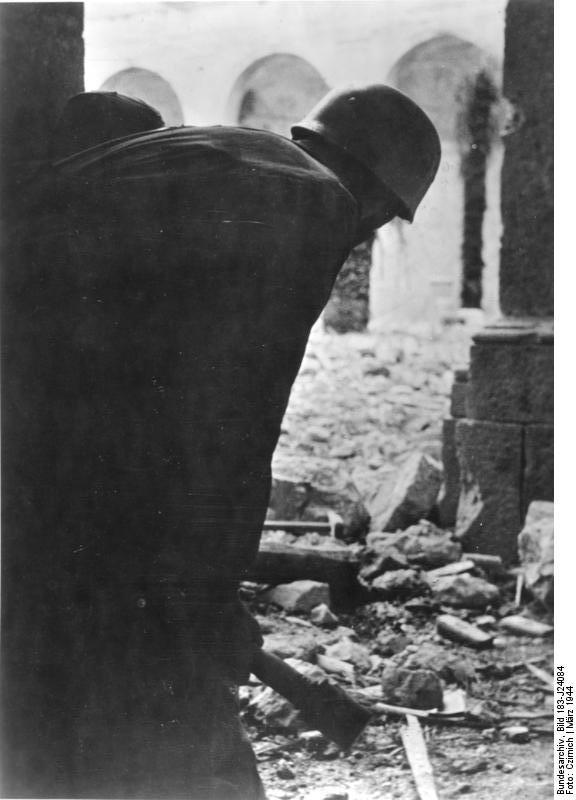 Monte Cassino, Zerstörungen im Kloster
