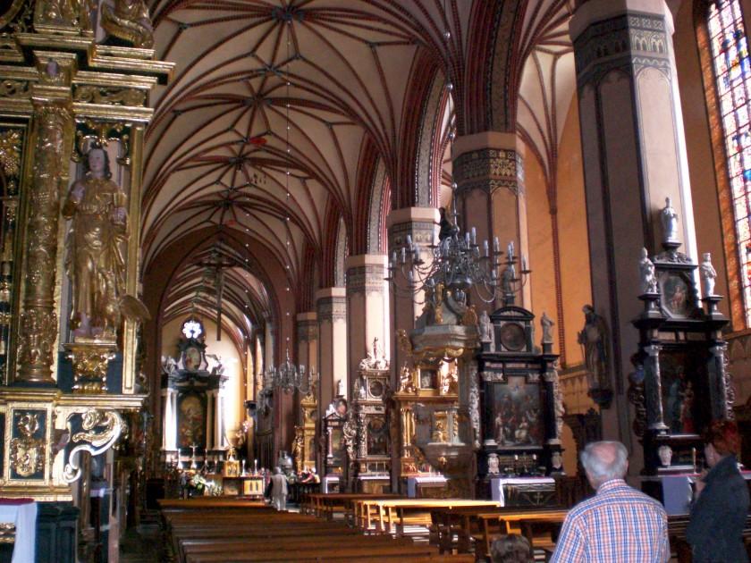 Frombork,_wnętrze_katedry