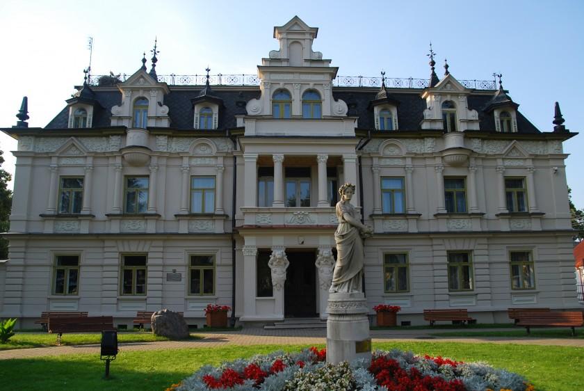 Pałac_Buchholtzów_w_Supraślu_01