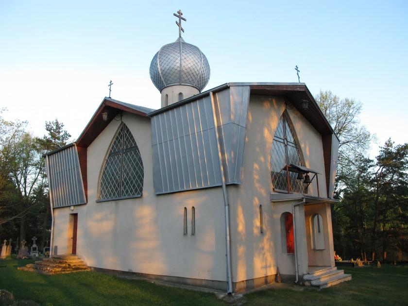 Podlaskie_-_Krynki_-_Kruszyniany_-_Cmentarz_prawosławny_-_Cerkiew_św._Anny_20120501_04