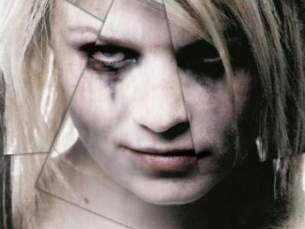 plakat_exorcismus-opetanie-amy-evans-2010_70782_800_600