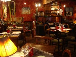 Bouchon_Restaurant_Lyon_001_(Trishhhh)
