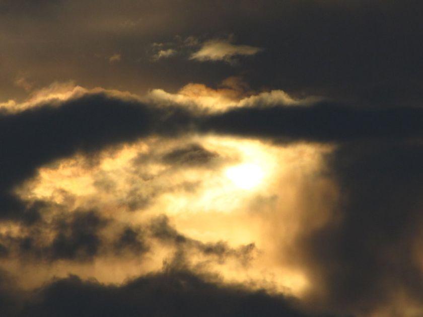 mysterious_clouds_by_666bloodwolf666-d59bthx