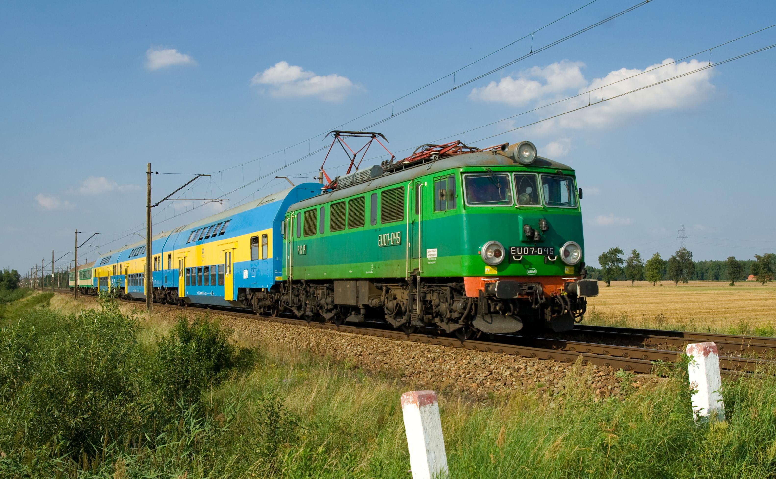 PKP_EU07_between_Stare_Bojanowo_and_Górka_Duchowna