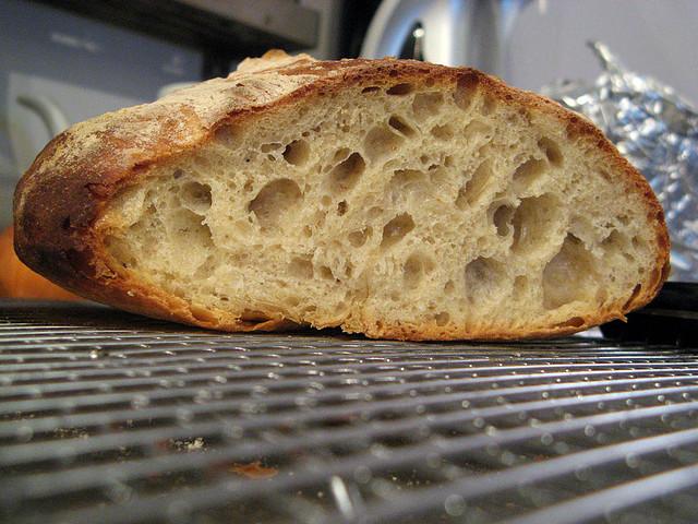 chleb na zakwasie z kminkiem