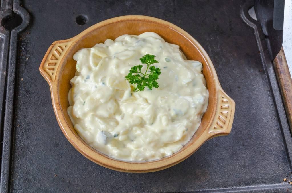 sałatka z ziemniaków po mazowiecku