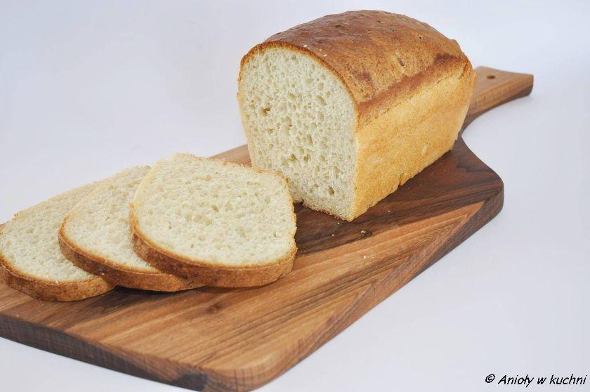 zwykły pszenny chleb