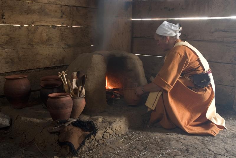 Kuchnia dawnych Słowian: kasza jaglana ze skwarkami