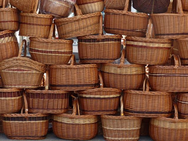 baskets-116760_640